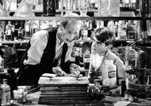 Le jeune George Bailey évite un drame au vieux pharmacien Gower...
